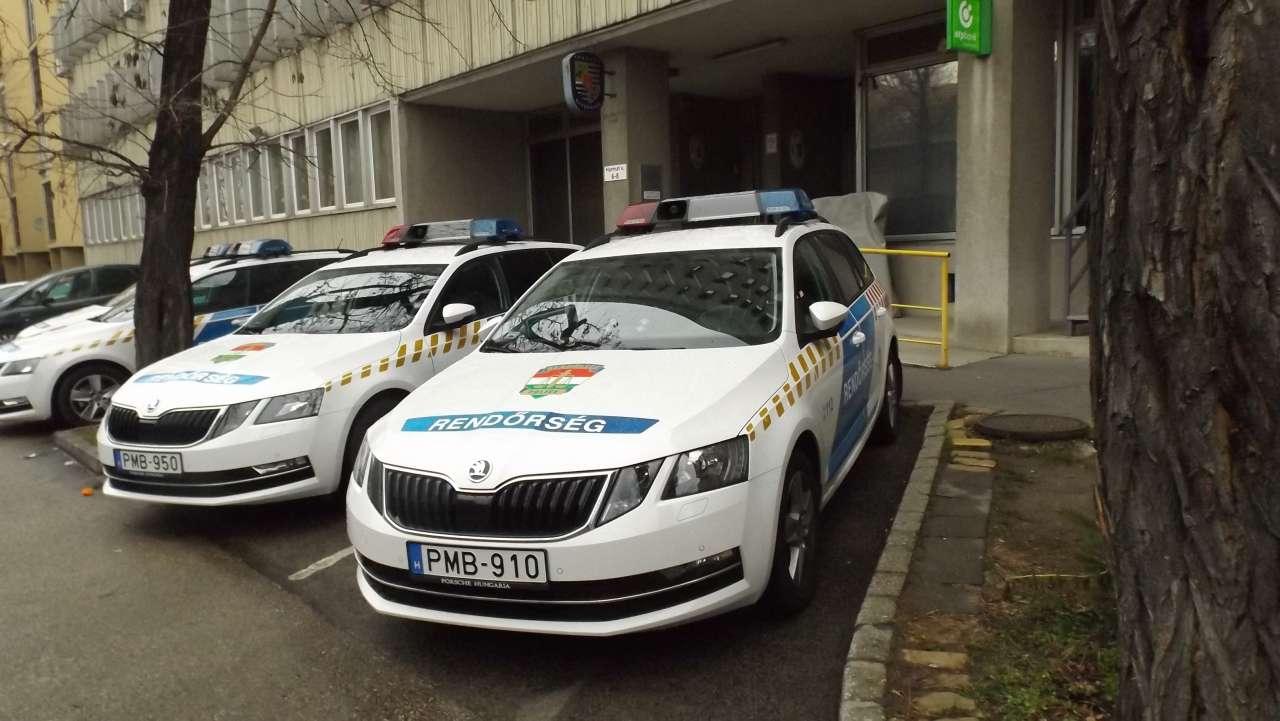 Új rendőrségi járművek Kőbányán